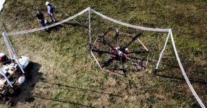 Công nghệ sạc không dây cho phép drone bay trên cao vô thời hạn